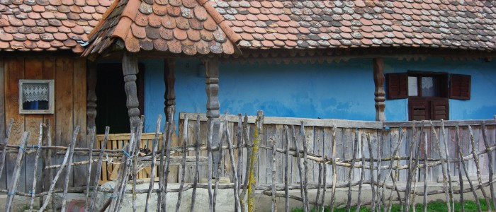 transylvania-rural-old-village-medieval-farm-house-traditional-handcrafts-ethnographic