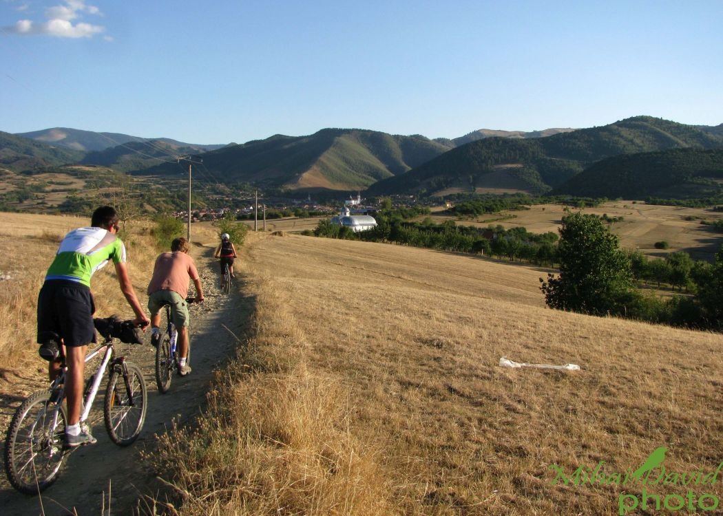 cycling-transylvania-carpathians-tours-3